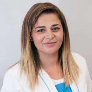 Aroa, Higienista en la Clínica Dental Barrutia