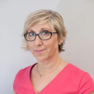 Mari Luz, miembro del equipo de la Clínica Dental Barrutia