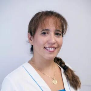 Marta, Higienista en la Clínica Dental Barrutia