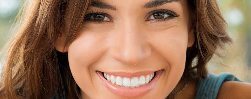 Cuidado de las carillas de composite | Clínica Dental Barrutia