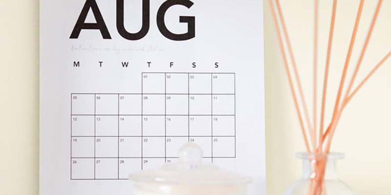 Calendario agosto Clínica Dental Barrutia